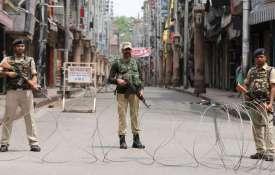 अमेरिका का बड़ा बयान, कहा-कश्मीर मुद्दे पर इन दो रणनीति पर काम कर रहे हैं काम- India TV