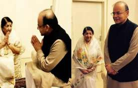 Lata Mangeshkar and Arun Jaitley- India TV