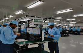 Oppo to double smartphone production in India by 2020; use it as export hub- India TV