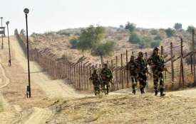 पाकिस्तान ने बदली रणनीति, मुजाहिदीन बटालियन घुसपैठ की फिराक में; सेना-वायुसेना हाईअलर्ट पर- India TV