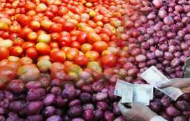 Tomato prices soar to Rs 80/kg, onion at Rs 50/kg in Haryana, Punjab- India TV