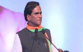केंद्रीय मंत्री और...- India TV
