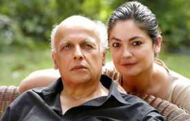 Mahesh bhatt and pooja bhatt- India TV