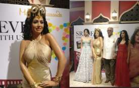 Sridevi wax statue- India TV
