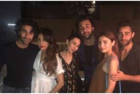 Ranbir kapoor wiyh his cousins- India TV