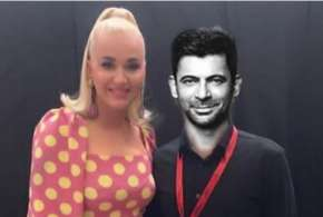 sunil grover shares picture with katy perry- India TV