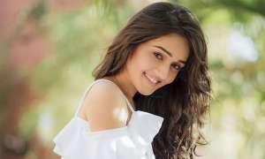 अब यह काम करना चाहती है गोपी बहू की बेटी मीरा यानी तान्या शर्मा