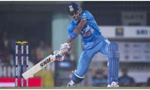 हार्दिक पंड्या ने जड़ा 'हैरतअंगेज' छक्का, एम एस धोनी रह गए हैरान, गेंदबाज के उड़े होश