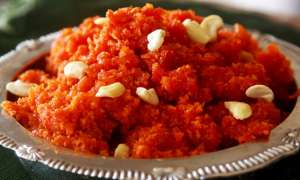 Recipe: घर पर ऐसे बनाएं टेस्टी गाजर का हलवा