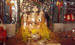 23 अप्रैल को करें इस देवी के मंत्र को सिद्ध, गरीबी मिटने के साथ-साथ मिलेगी शत्रु पर विजय