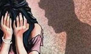 मध्य प्रदेश: सरेराह हुई मॉडल का स्कर्ट खींचने की कोशिश, CM शिवराज ने दिए जांच के आदेश