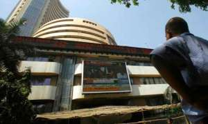 टॉप-10 में से 8 कंपनियों का बाजार पूंजीकरण 1.69 लाख करोड़ रुपये चढ़ा, TCS, SBI सबसे ज्यादा फायदे में