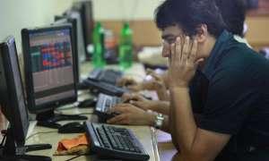 वैश्विक बाजारों में नरमी से सेंसेक्स 275 अंक और टूटा, निफ्टी 10,600 से नीचे फिसला