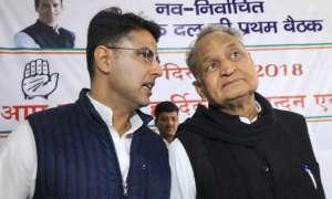 राजस्थान में CM पद पर फंसा पेंच! अशोक गहलोत और सचिन पायलट दिल्ली तलब