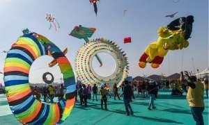 अहमदाबाद में शुरु हुआ अंतरराष्ट्रीय पतंग महोत्सव, दूर-दूर से लोग चले आ रहे हैं खिंचे