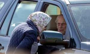 97 साल के राजकुमार चला रहे थे कार, आमने-सामने की भिड़त में बाल-बाल बचे