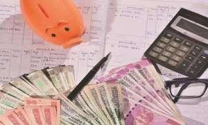इनकम टैक्स स्लैब में होने जा रहा है बड़ा बदलाव, 5 से 10 लाख रुपए सालाना कमाने वालों को देना होगा इतना कम टैक्स