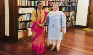 AAP की बागी विधायक अलका लांबा ने कांग्रेस अध्यक्षा सोनिया गांधी से की मुलाकात