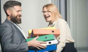 ऑफिस में किसी के प्यार में पड़ना हो सकता है खतरनाक, होंगे ये 5 नुकसान