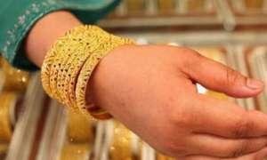 Gold Rate Today: कमजोर रुपए की वजह से सोना 63 रुपए चढ़ा, चांदी में आई 95 रुपए की गिरावट