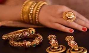 Gold Price Today: सोने में आई 75 रुपए की तेजी, चांदी भी 47 रुपए उछली
