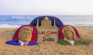 नमस्ते ट्रंप! आज भारत पहुंचेंगे अमेरिकी राष्ट्रपति डोनाल्ड ट्रंप, ये है पूरा शेड्यूल