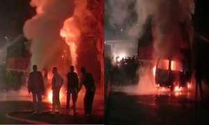 उत्तर प्रदेश: उन्नाव में दर्दनाक हादसा, ट्रक से टक्कर के बाद वैन में लगी आग, 7 की मौत