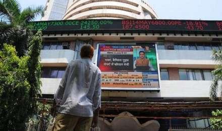 ट्रेड वॉर की आशंका से शेयर बाजार डरा, निफ्टी 10 हजार से नीचे और सेंसेक्स 400 अंक गिरकर हुआ बंद