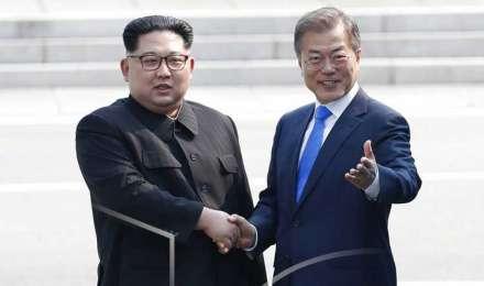 दक्षिण कोरियाई राष्ट्रपति से मिले किम जोंग, पैदल चलकर लांघी सीमा