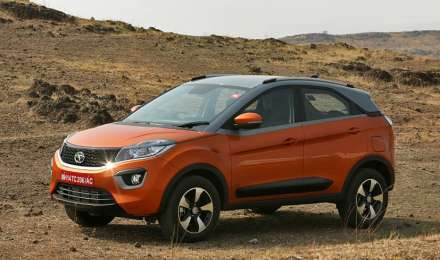 सिर्फ 11,000 रुपए देकर बुक करवाएं Tata Nexon AMT, मई के पहले हफ्ते में लॉन्च हो सकती है ये SUV