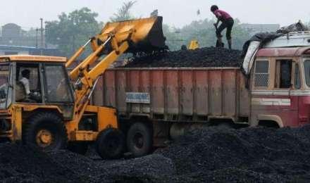 बिजली घरों में कोयले की स्थिति पहुंची चिंताजनक स्थिति में, आपूर्ति बढ़ाने के लिए रेलवे ने बनाई कार्य योजना