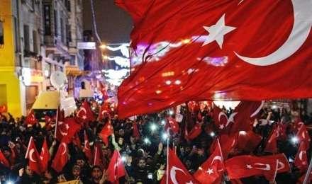 तुर्की में 2 साल बाद समाप्त हुआ आपातकाल, और भी सख्त कानून लागू किए जाने की आशंका