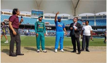 पाकिस्तान ने टॉस जीतकर किया बल्लेबाजी का फैसला, टीम इंडिया में कोई बदलाव नहीं