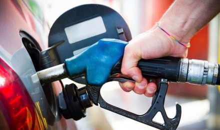 पेट्रोल, डीजल की कीमतों में लगातार 13वें दिन बढ़ोतरी, महाराष्ट्र के कई शहरों में पेट्रोल 91 रुपए के ऊपर