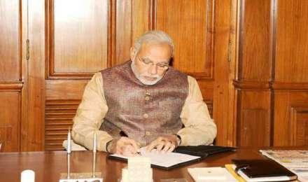 PM मोदी ने आयुष्मान भारत योजना के 57 लाख लाभार्थियों को लिखा खास पत्र, आज लॉन्च होगी योजना