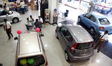 भारत में 6 माह के दौरान बिके 1.41 करोड़ वाहन, घरेलू बिक्री 6.88 प्रतिशत बढ़ी