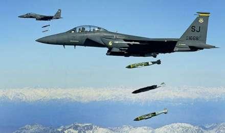 अफ्रीकी देश सोमालिया पर अमेरिका ने किए जबर्दस्त हवाई हमले, 60 आतंकी मारे गए