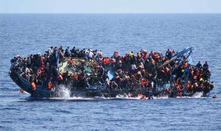 लीबिया में नौका पलटने से 12 की मौत, 4 घायलों की हालत नाजुक