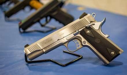 यूपी के हरदोई में पकड़ी गई हथियारों की अवैध फैक्ट्री, 3 गिरफ्तार