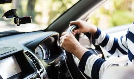वाहन चालक लाइसेंस पर बड़ा फैसला, न्यूनतम शैक्षणिक योग्यता की अनिवार्यता होगी खत्म