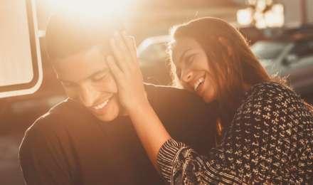 कभी भी अपने पार्टनर से न बोले ये 5 झूठ, बनते-बनते रिश्ता जाएगा बिगड़