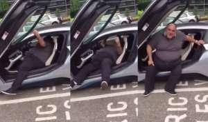 Video: BMW कार से बाहर निकलने में लग गए घंटों