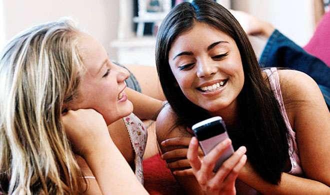 देखिए 10 हज़ार से कम कीमत में मिलने वाले 5 बेस्ट 4जी स्मार्टफोन - India TV