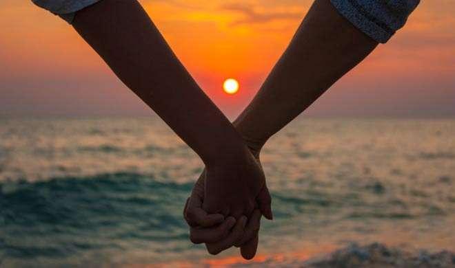 Research: 'हमारे रोमांटिक रिश्तों पर असर डालता है पैसा'