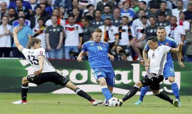 यूरो 2016: स्लोवाकिया को 0-3 से हरा क्वार्टर फाइनल में जर्मनी - India TV