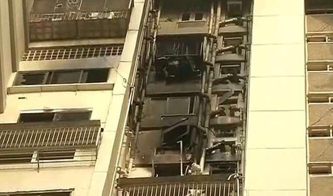 मुंबई: मेकर चैम्बर में लगी भीषण आग, दो की मौत - India TV