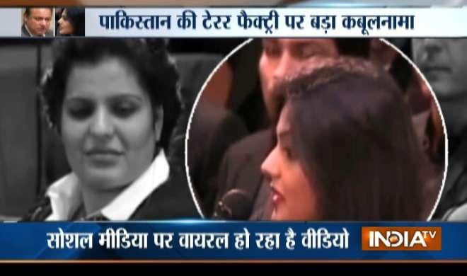 VIDEO: पाकिस्तान की एक लड़की ने 2 मिनट में खोली पाकिस्तान की कलई - India TV