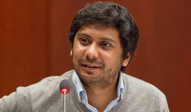 पाकिस्तान सरकार झुकी, पत्रकार की यात्रा पर लगी रोक को हटाया - India TV