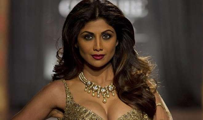 इस कारण सोशल मीडिया पर उड़ाया जा रहा है शिल्पा शेट्टी का मजाक - India TV