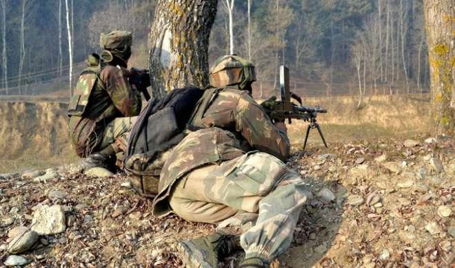 कश्मीर में मुठभेड़, 2 आतंकवादी मारे गए - India TV